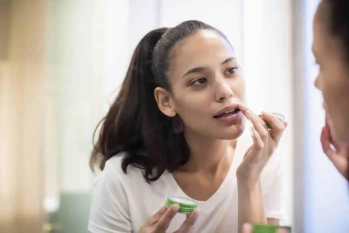 Rekomendasi-Lip-Balm-Terbaik-yang-Mudah-Ditemui-di-Drugstore